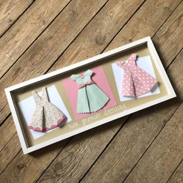 Mon dressing Tableau de 3 robes en origami, 39€, texte personnalisable 5€